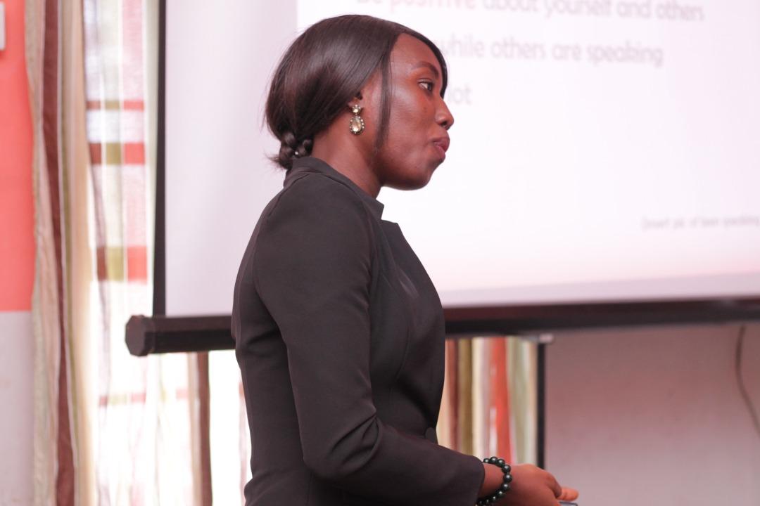 Presentation-skills-coach-Buife-Nomeh-training